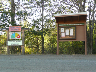 29 Aug 2015 AM - Our new kiosk (right) with  Fire Danger Indicator sign
